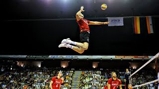 Georgy Grozer - Monster of the Vertical Jump (HD)
