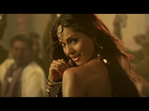 Red-Hot Bipasha Top 3 Grooves
