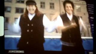 NRK Danseband Jukebox. Realm of Social Bondage & False Winning.