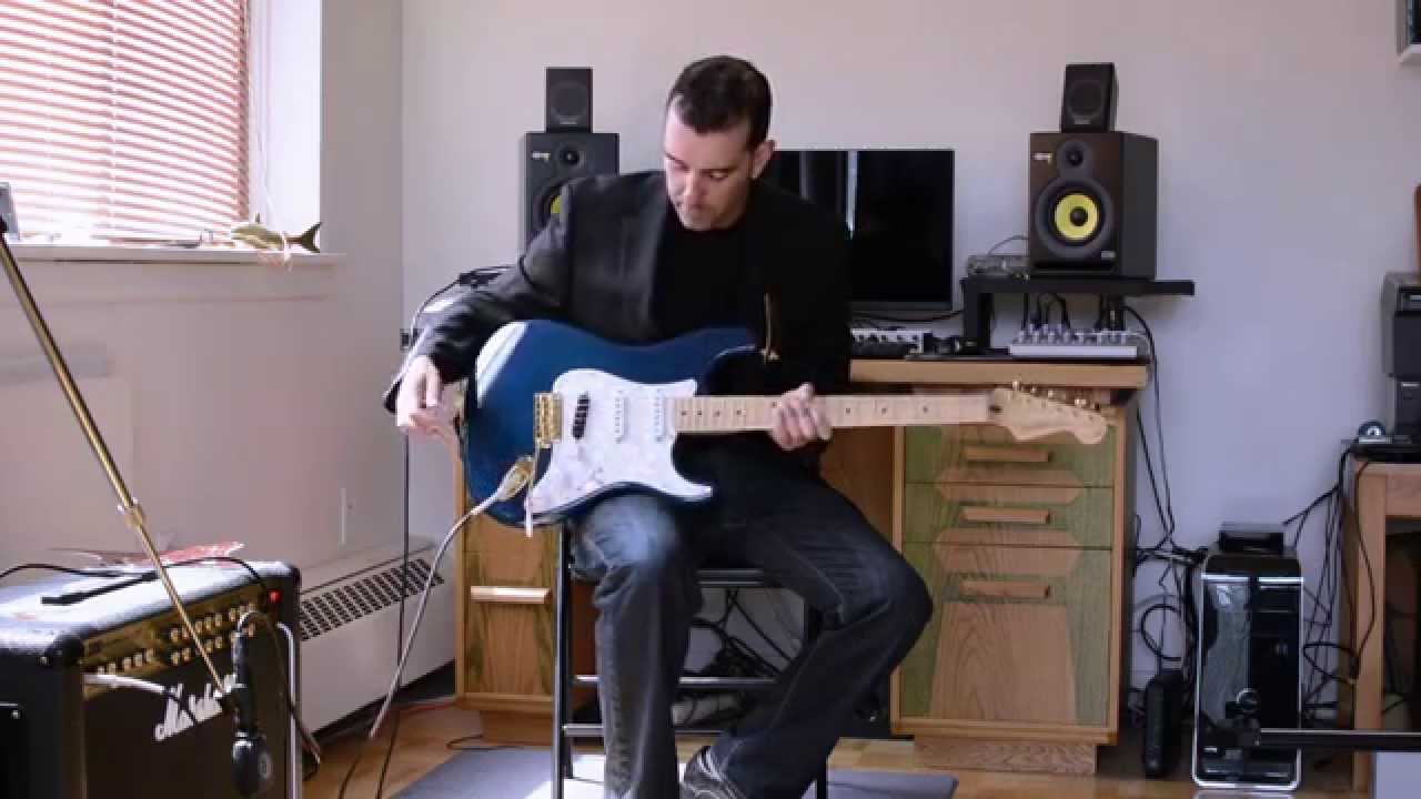 fender deluxe players stratocaster youtube. Black Bedroom Furniture Sets. Home Design Ideas