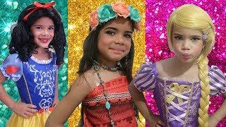 Disney PRINCESS Dresses & Kids MakeUP Moana, Rapunzel & White Snow & Pretend play with Dolls