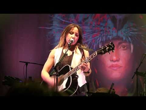 (HD) KT Tunstall - A Little Respect