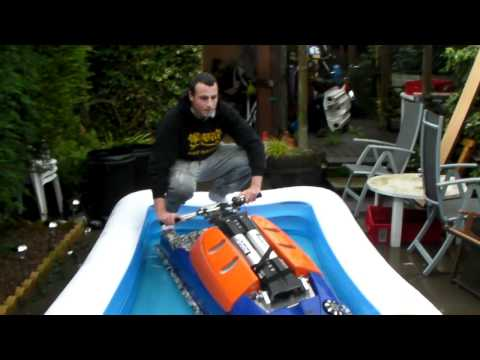 Yamaha superjet first run in paddling pool Jetski trial FAIL funny.MP4