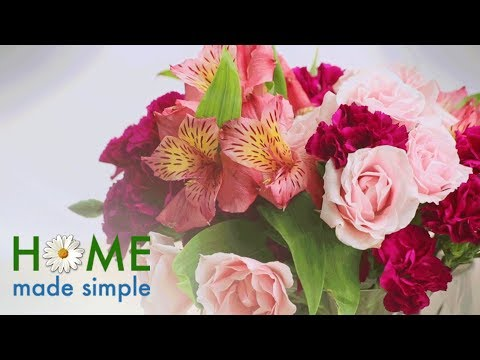 Try This Simple Trick to Create a Beautiful Flower Arrangement | Home Made Simple | OWN