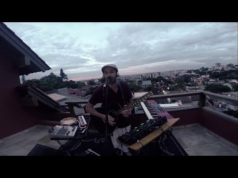 """""""Não Existe Amor em SP"""" - Live Looping - Gustavo Petry"""