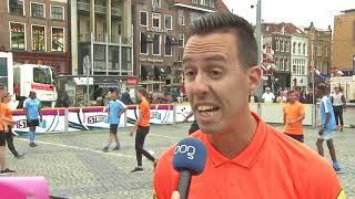 Grote Markt podium voor straatvoetballers