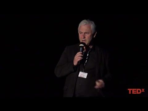 La chirurgie assistée par ordinateur | Eric Stindel | TEDxUBO