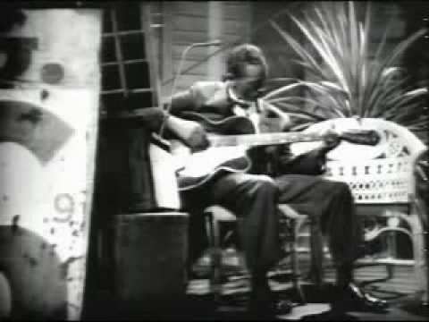 Mississippi Fred McDowell - Goin Down to...