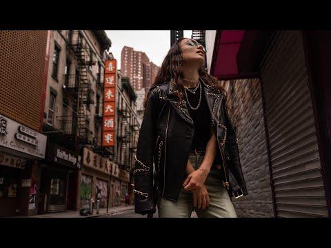 Смотреть клип Вика Дайнеко - One Woman Army | Hvndi Remix