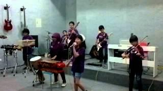 Download lagu Dari Mata Sang Garuda oleh IDC Yogyakarta.mp4