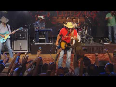 "Kevin Fowler LIVE ""Texas Forever"" on The Texas Music Scene"
