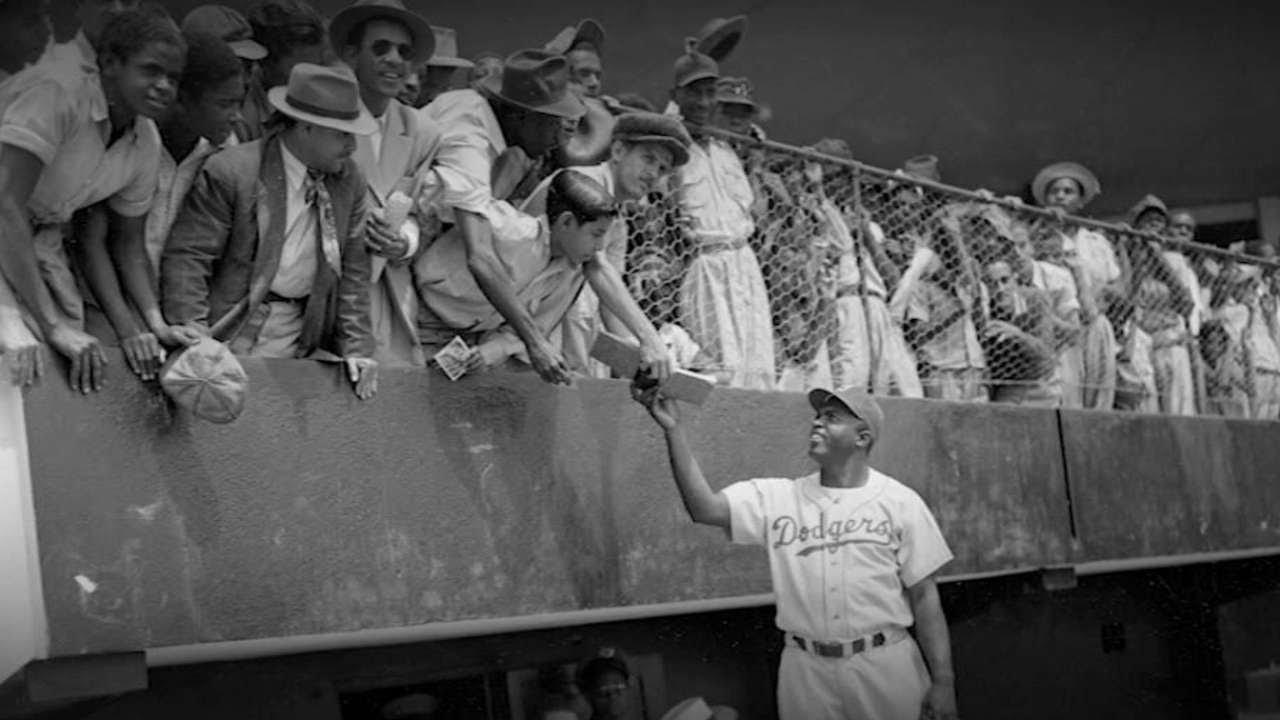 MLB stars pay homage on Jackie Robinson Day