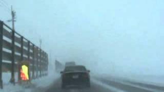 青森県東津軽郡:猛吹雪の280号線バイパス