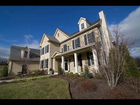 7261 Nicholas Cr, Upper Saucon Twp, PA