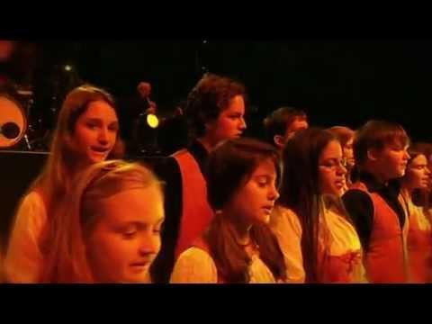 BIKINI 30- Közeli helyeken DVD (2012.02.18.) Papp László Sportaréna