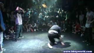 KMEL & FLEAROCK vs TEAM SHMETTA (FLOW ONE THREE 2009) WWW.BBOYWORLD.COM