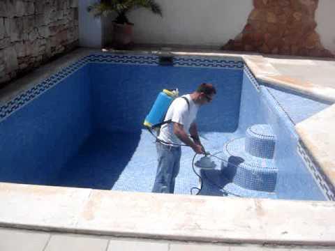 Impermeabilizaci n sobre vaso de piscina hidr fugos 100 for Vaso piscina