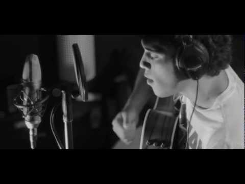 Janmarco Santiago - Arms of a Woman (Amos Lee Acoustic Cover)