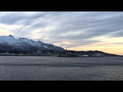 Einfahrt MS Nordnorge (südgehend) in Sandnessjøen