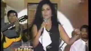 EVA AYLLON - YO PERDI EL CORAZON (EN VIVO / MEDIODIA CRIOLLO)