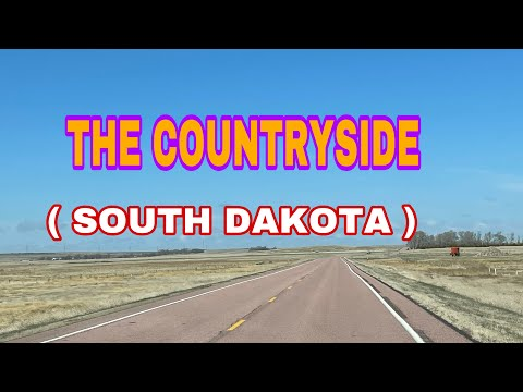 TRAVELING ALONG THE COUNTRYSIDE OF SOUTH DAKOTA