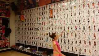 Video PARTY CITY (Cool Halloween Store) download MP3, 3GP, MP4, WEBM, AVI, FLV Desember 2017