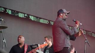 2 Massive Attack - Pray For Rain    - BST Hyde Park, 01 - 07 -2016