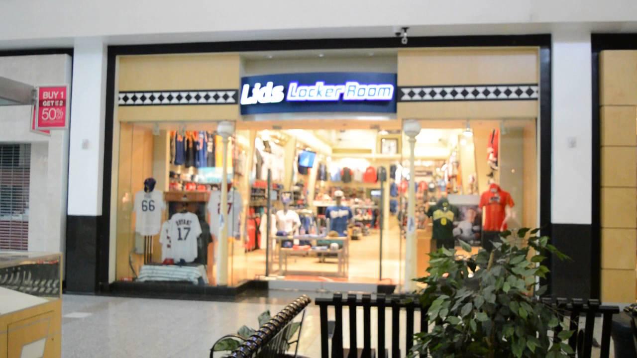 lids locker room at the boulevard las vegas - YouTube