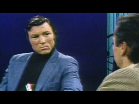 1969: Canadian boxer George Chuvalo on defending his title