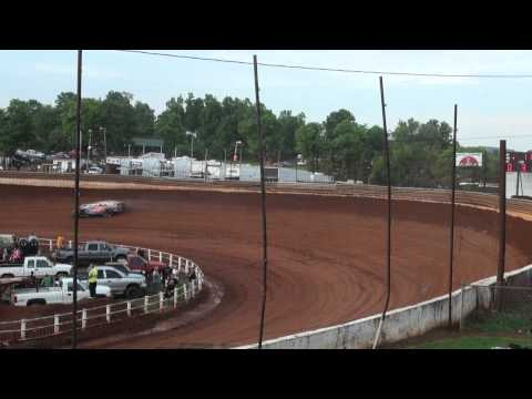 Lucas Oil Late Models Hot Laps Group 3 @ Tazewell Speedway 05/29/15
