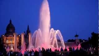 Поющий фонтан в Барселоне(Поющий фонтан в Барселоне., 2012-07-09T20:03:33.000Z)