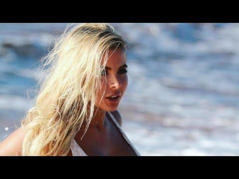 Australian bikini model dies in a car crash