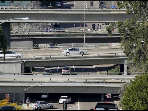 Trump's infrastructure plan short on specifics