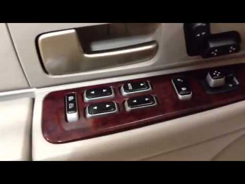 2005 Lincoln Town Car Signature Review By Ronnie Barnes Youtube