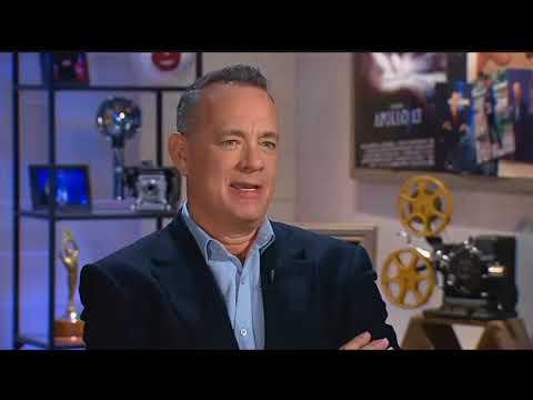 Tom Hanks set to star as Mister Rogers
