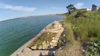 Вид на стройку керченского моста со стороны крепости Керчь(Тотлебен)(мои походы в одиночку., 2016-05-28T12:51:22.000Z)
