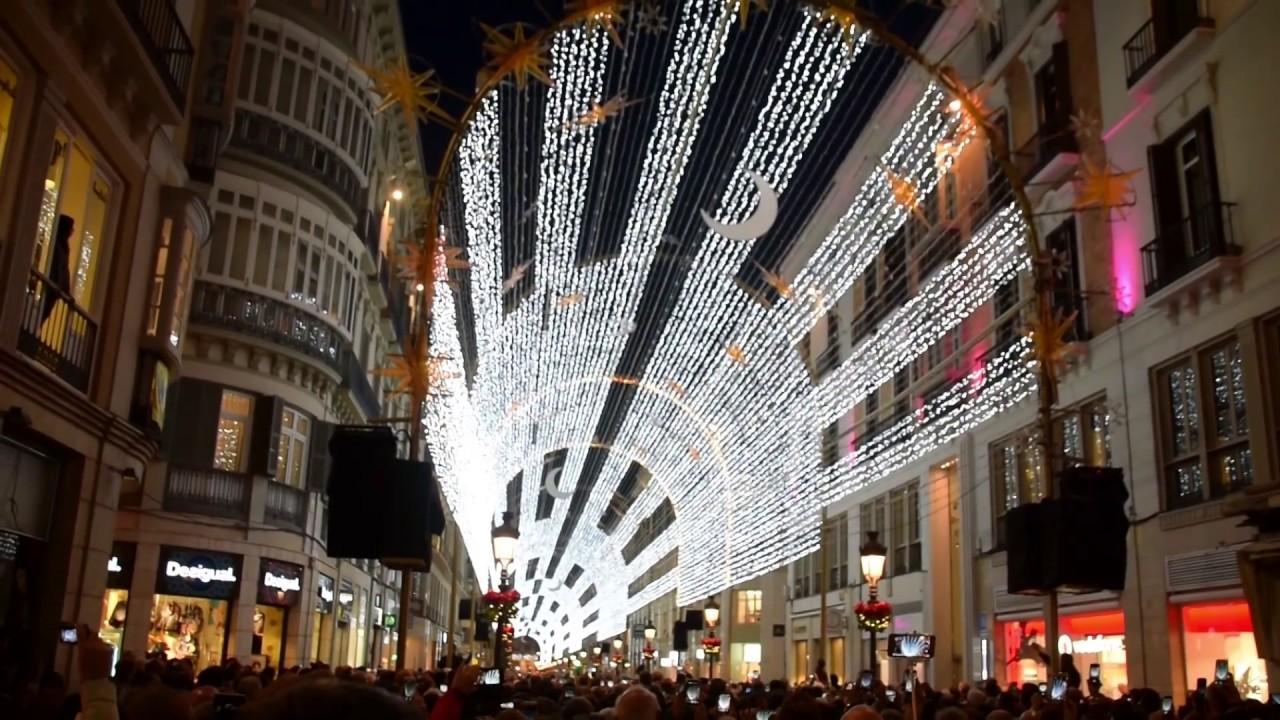 Malaga Weihnachtsbeleuchtung im Takte der Musik 2016-17 - YouTube