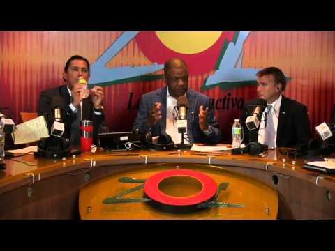 """James """"Wally"""" Brewster embajador USA y bob satawake comenta apoyo a la cámara de comercio gay"""