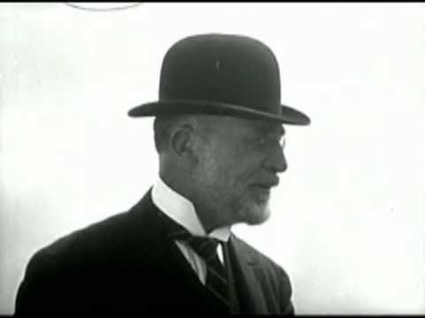 Erik Satie live -  filmé en gros plan