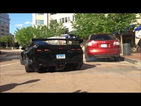 Epic supercar sounds of 2014! Veyrons, Aventadors and much more!