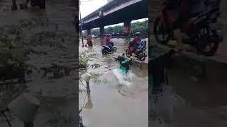 BANJIR JAKARTA #Driver \ TRAGEDI DRIVER GRAB #Ojol #GRAB hati-hati bang ojek
