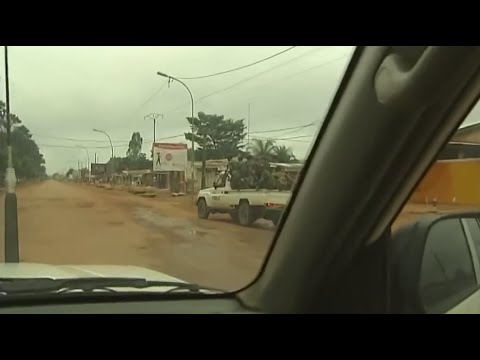 WARNING: Graphic video - soldier shot in Central African Republic | Channel 4 News