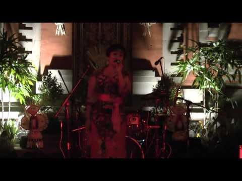 Dek Ulik   Ubad Rindu  live Pura Desa Batuan 25 12 2012