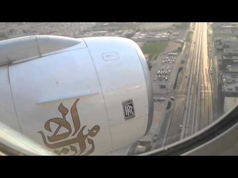 Emirates Boeing 777-300 RR Trent 800 landing on Dubai International Airport, Dubai (DXB)