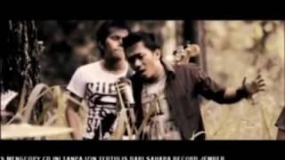 Video Sholawat Versi Band Rock - Robbi Faj'al Mujtama'na (ربي فجعل مجتمعنا) download MP3, 3GP, MP4, WEBM, AVI, FLV April 2018