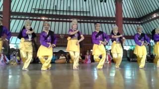 Enggang Melenggang Tari Medley Nusantara