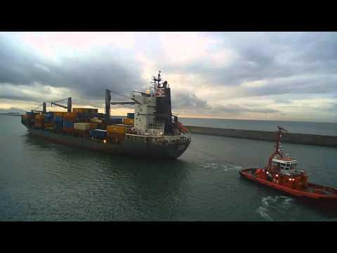 Genova (Italy) - Peter Dohle, Amanda Ship