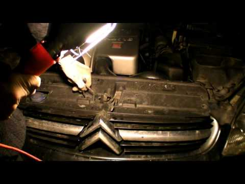TUTO VIDEO CHANGEMENT POMPE LAVE GLACE CITROEN C5 2.2 HDI BVA EXCLUSIVE PHASE1