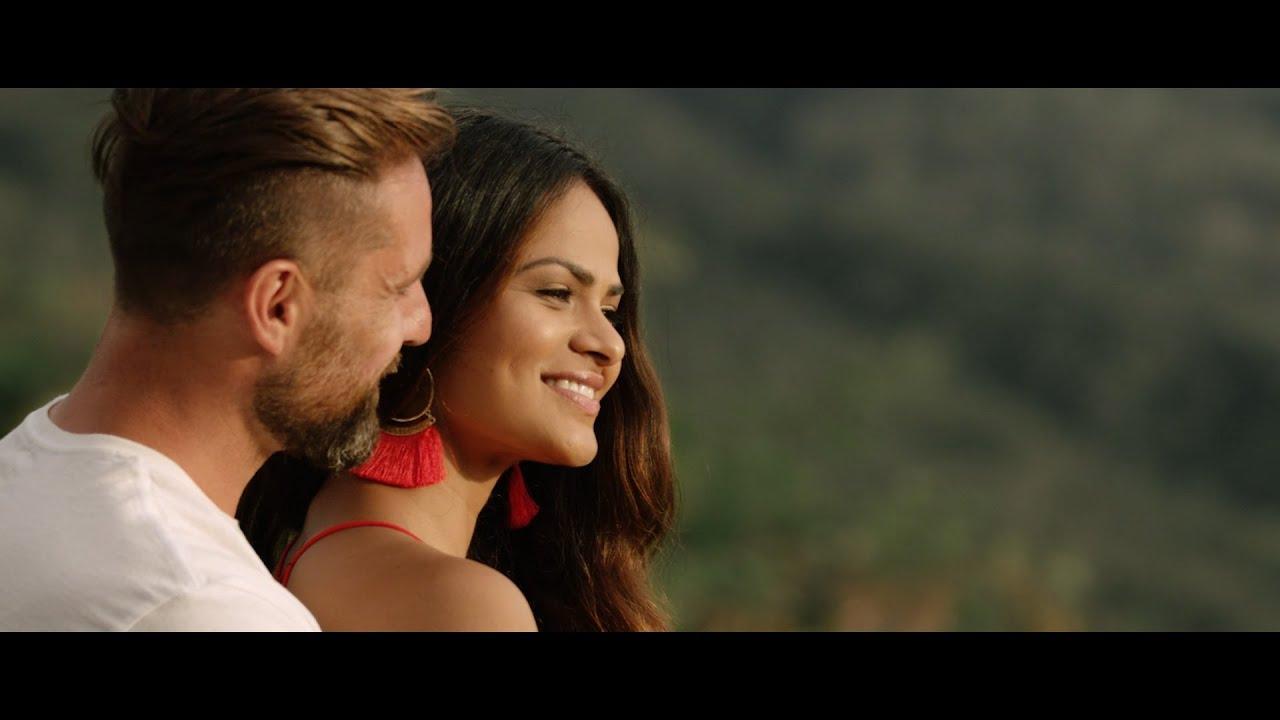 From Best Friends to Bennetts | Kauai, Hawaii | Destination Wedding
