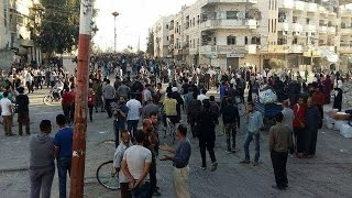 تفريغ المدن السنية مستمر.. أين سيعيش 500 ألف نازح في إدلب ؟